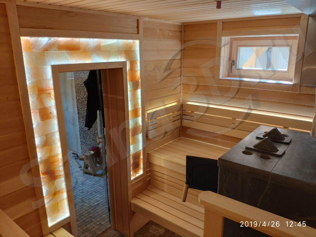 фото готовой бани 799 дизайн бани из ольхи с печью из талькохлорита